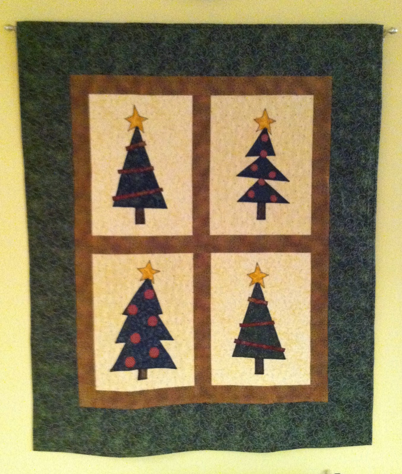Whimsical Christmas Tree Wall Hanging - Fun and simple way to decorate for Christmas