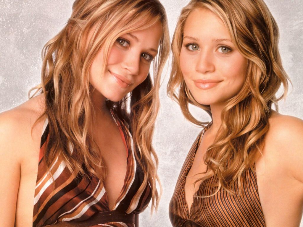 http://2.bp.blogspot.com/-bsftkoAvfKU/Tbra_TM7doI/AAAAAAAAAKI/JCTH-1qE9rs/s1600/Olsen-Twins-23.jpg