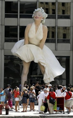 Marilyn Monroe sculpture, Chicago