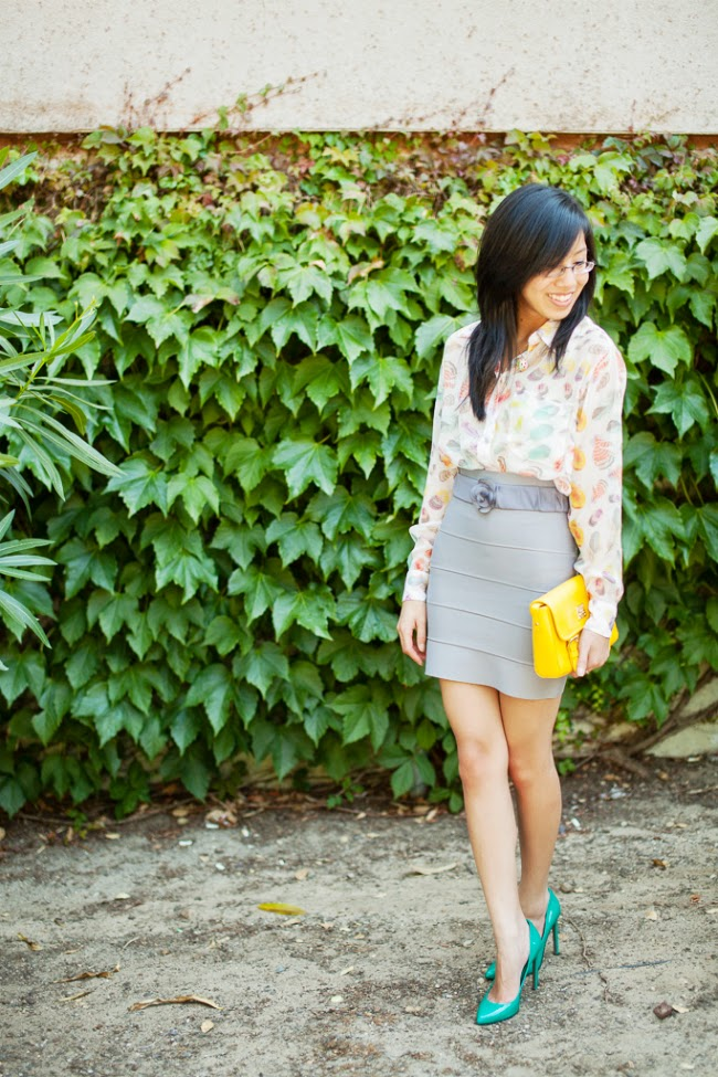 bcbg bandage skirt colorful summer outfit idea