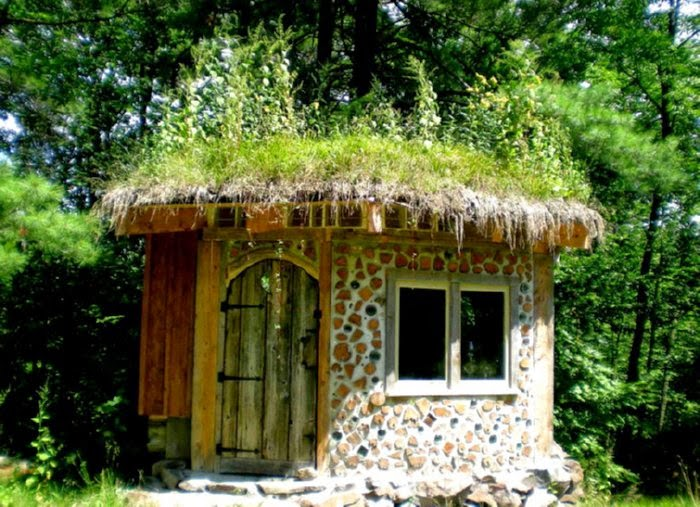 Building methods off the grid - How to build a cordwood house ...