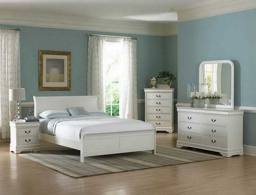 kreasi cat biru muda kamar tidur terbaru
