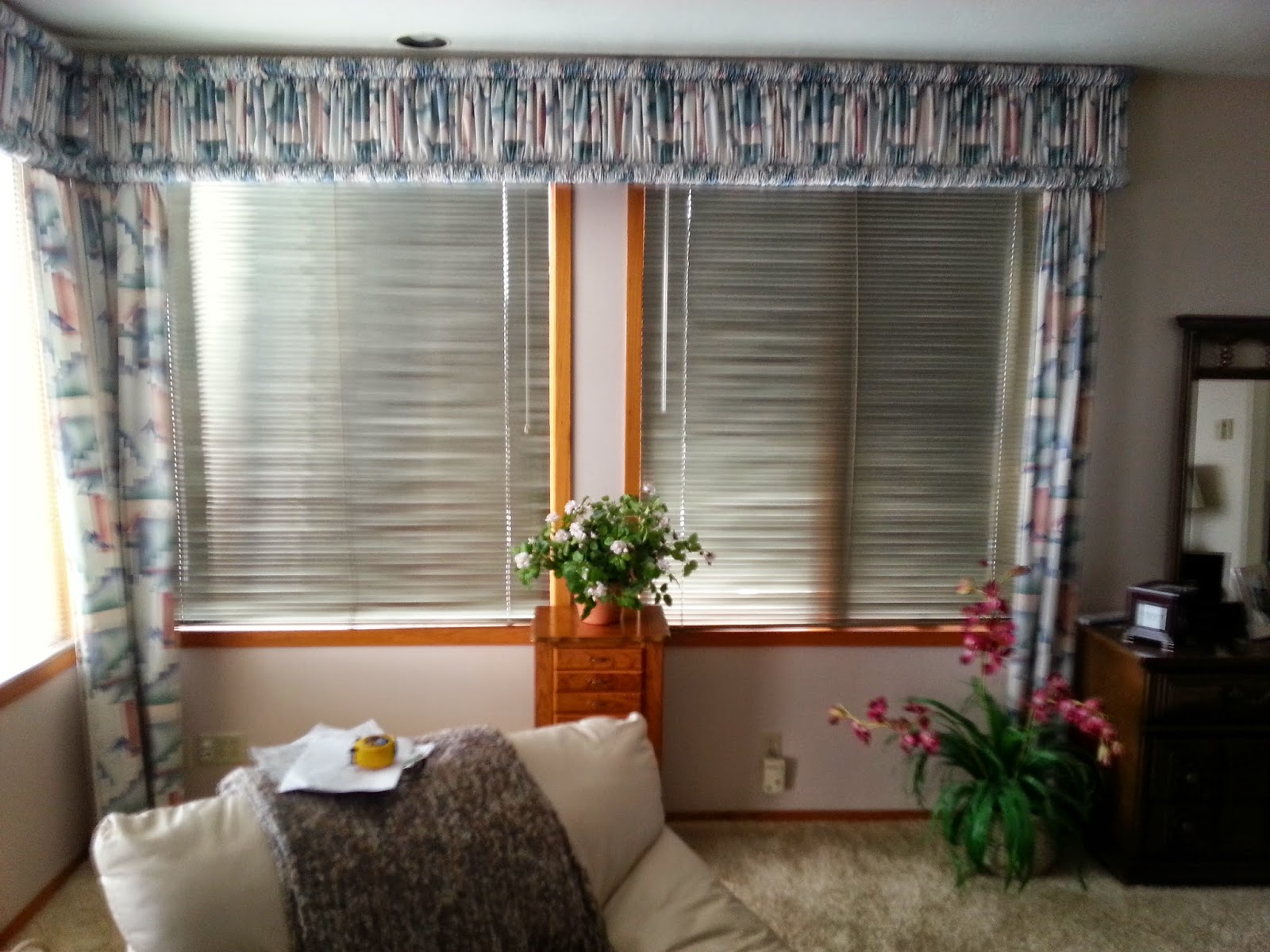 how to clean fabric vertical blinds without taking them down