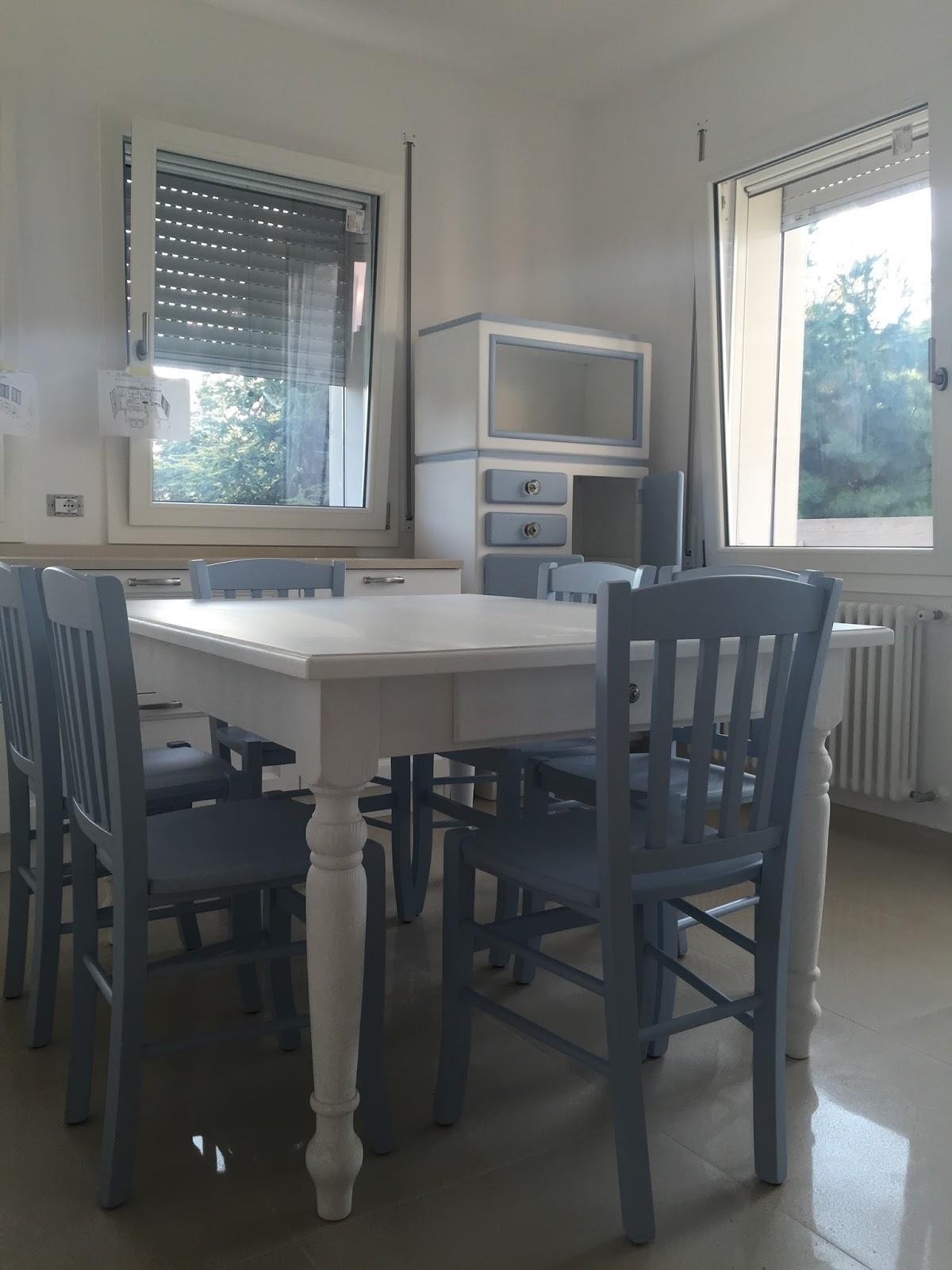 ShabbyPassion: Di bianco e celeste, una cucina \