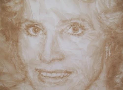 18-Tulle-Portrait-Scultures-Benjamin-Shine-www-designstack-co