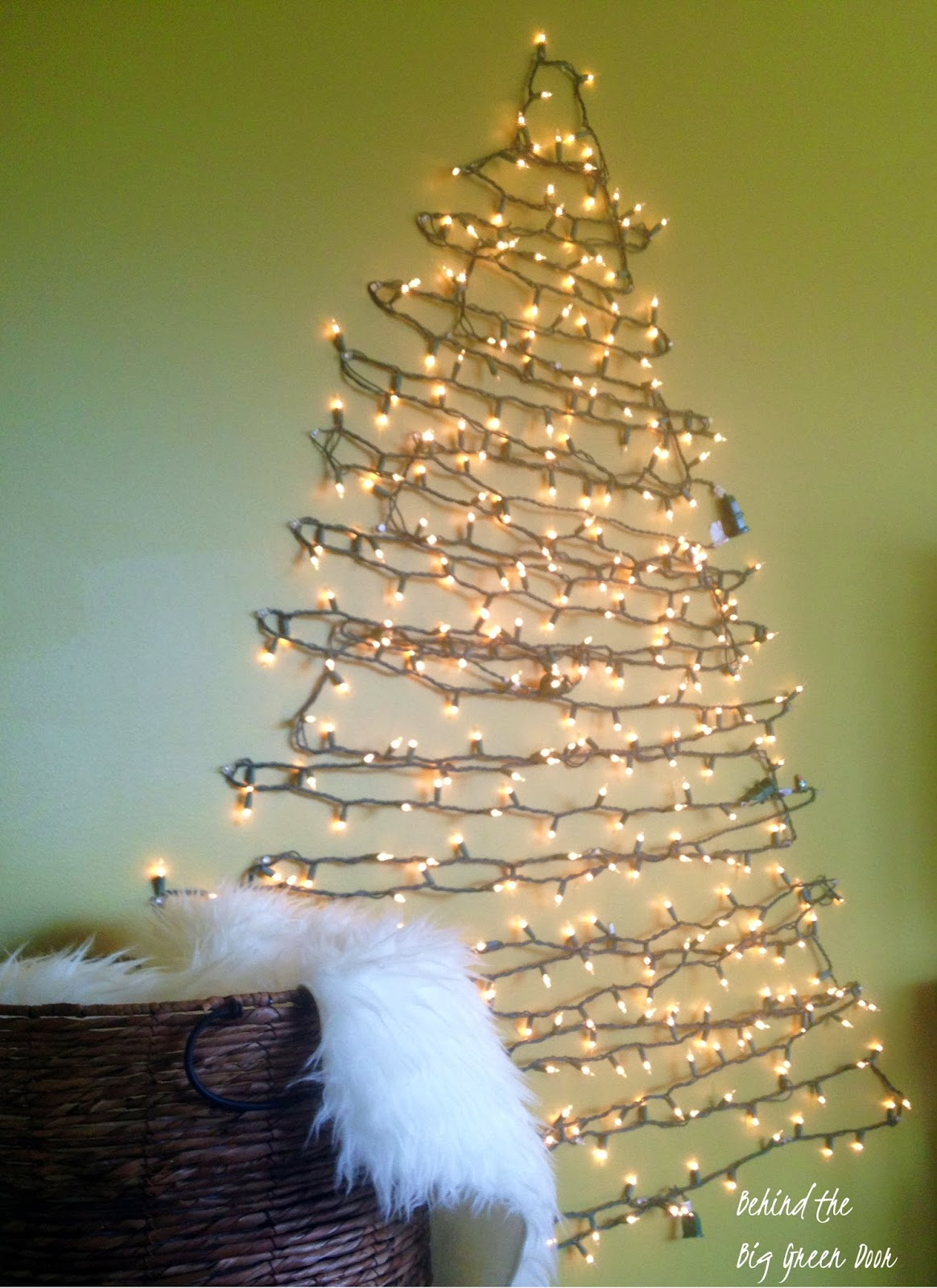 String Lights Wall Christmas Tree : Behind the Big Green Door: My DIY Christmas Tree Alternative (Plus 4 More Ideas)