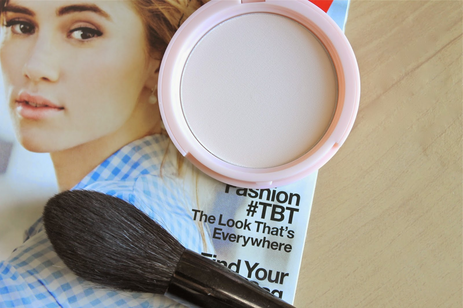 NEW IN: TOO FACED PRIMED AND PORELESS PRESSED POWDER