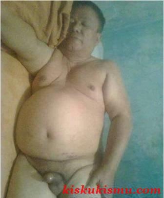 om om gay indonesia bapak bapak telanjang berkumis kiskukismu