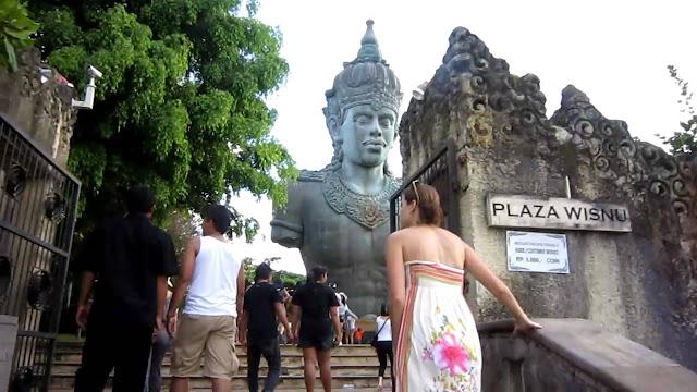 Bali Holidays at Vishnu Plaza at Garuda Wisnu Kencana ( GWK ) Cultural Park