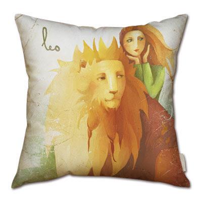 signo zodiacal leo en almohada