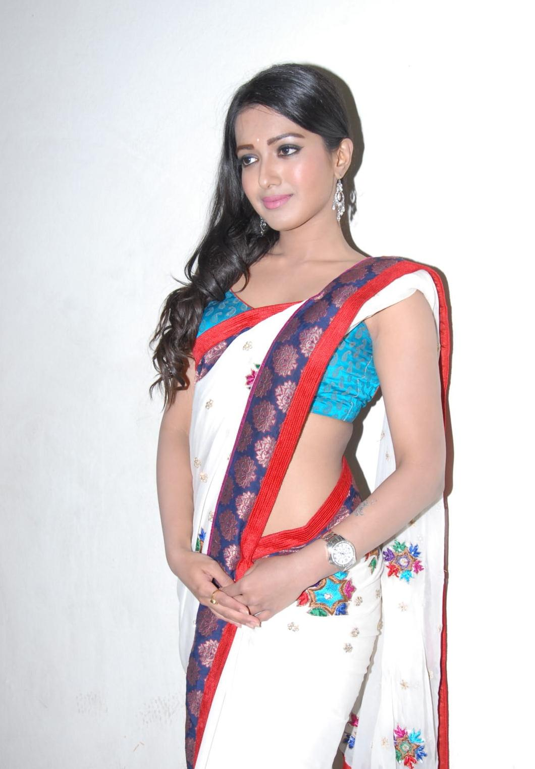 Malayalam Actress Katherine Theresa in White Saree