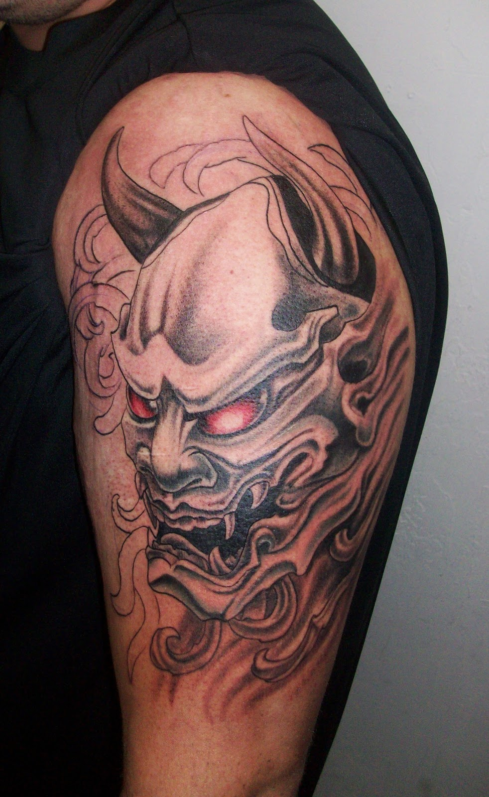 Piercedfish blog asian tattoos 2 for Japanese mask tattoo