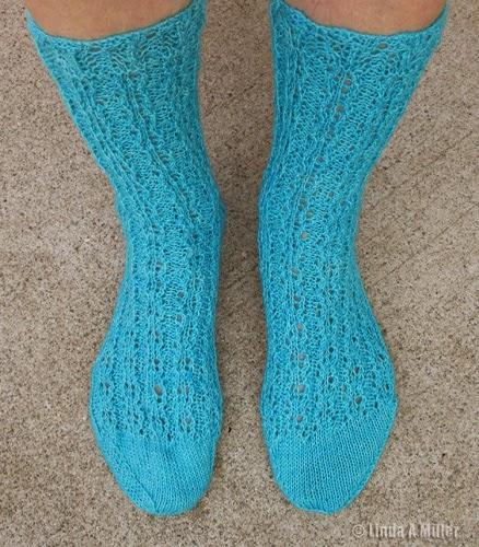 Rose Rib Socks