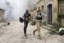 KUALA LUMPUR 14 Nov. - Kerajaan sedia membantu firma-firma media untuk memberi latihan keselamatan kepada para wartawan dan jurukamera yang membuat liputan ke negara-negara berkonflik.