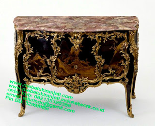 Nakas classic Racoco jati jepara,Mebel jepara mebel jati jepara mebel jati ukiran jepara nakas jati ukir klasik cat duco classic furniture jati jepara code NKSJ 187 nakas classic Racoco french furniture jepara