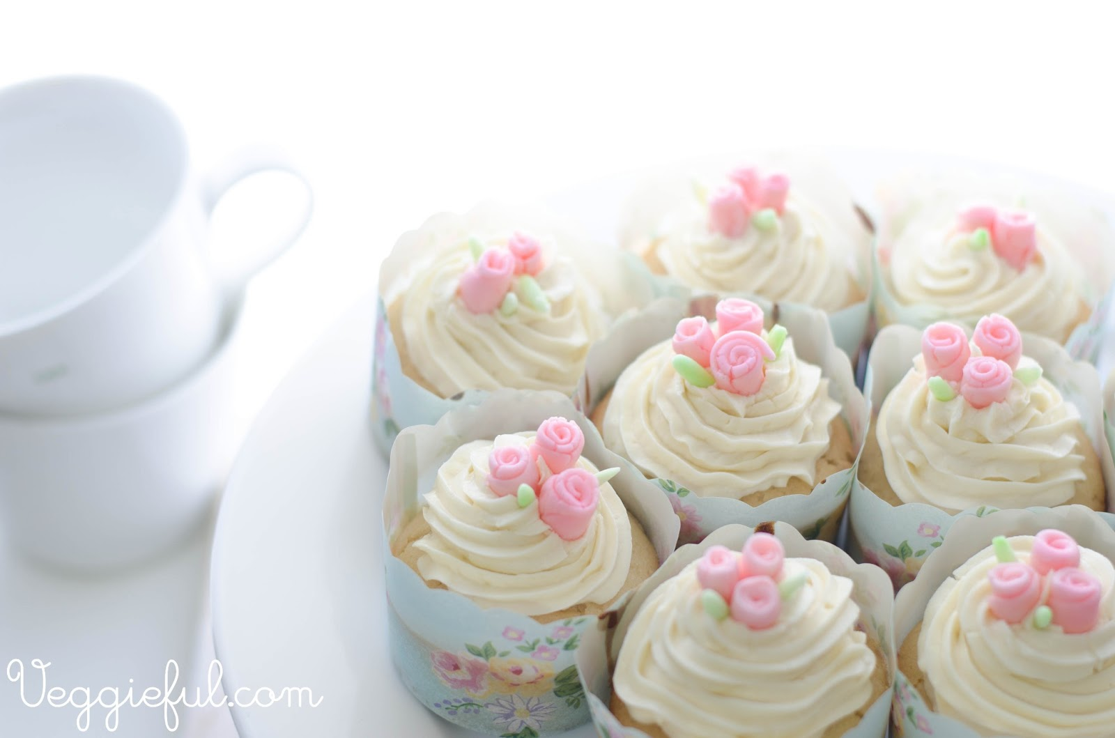 Veggieful: Vegan White Chocolate Mud Cupcakes Recipe