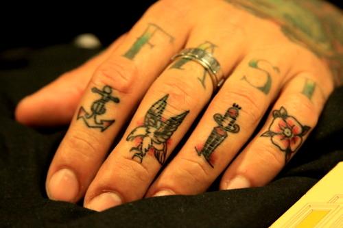 fast finger tattoos