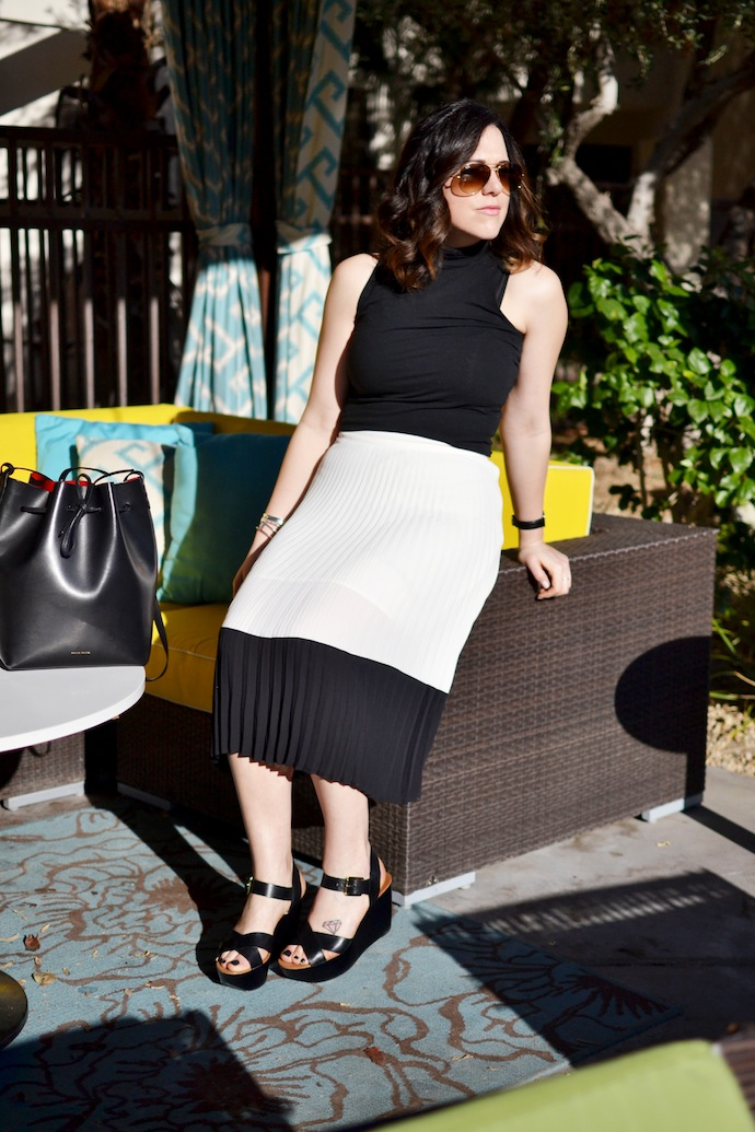 Pleated midi skirt outfit Forever 21