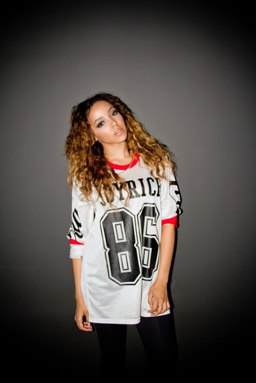 Tinashe Melbourne Aquarius Tour 2 on rnb street wear fashion style