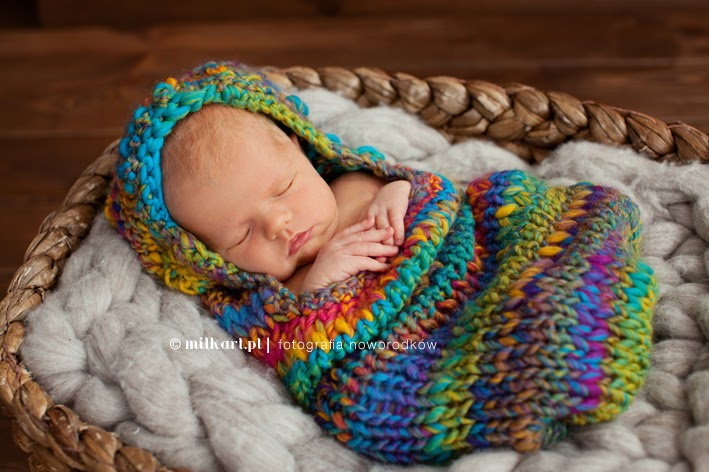 fotografia noworodków, zdjęcia maluszków, fotograf nowordkowy, profesjonalne sesje zdjęciowe w poznaniu