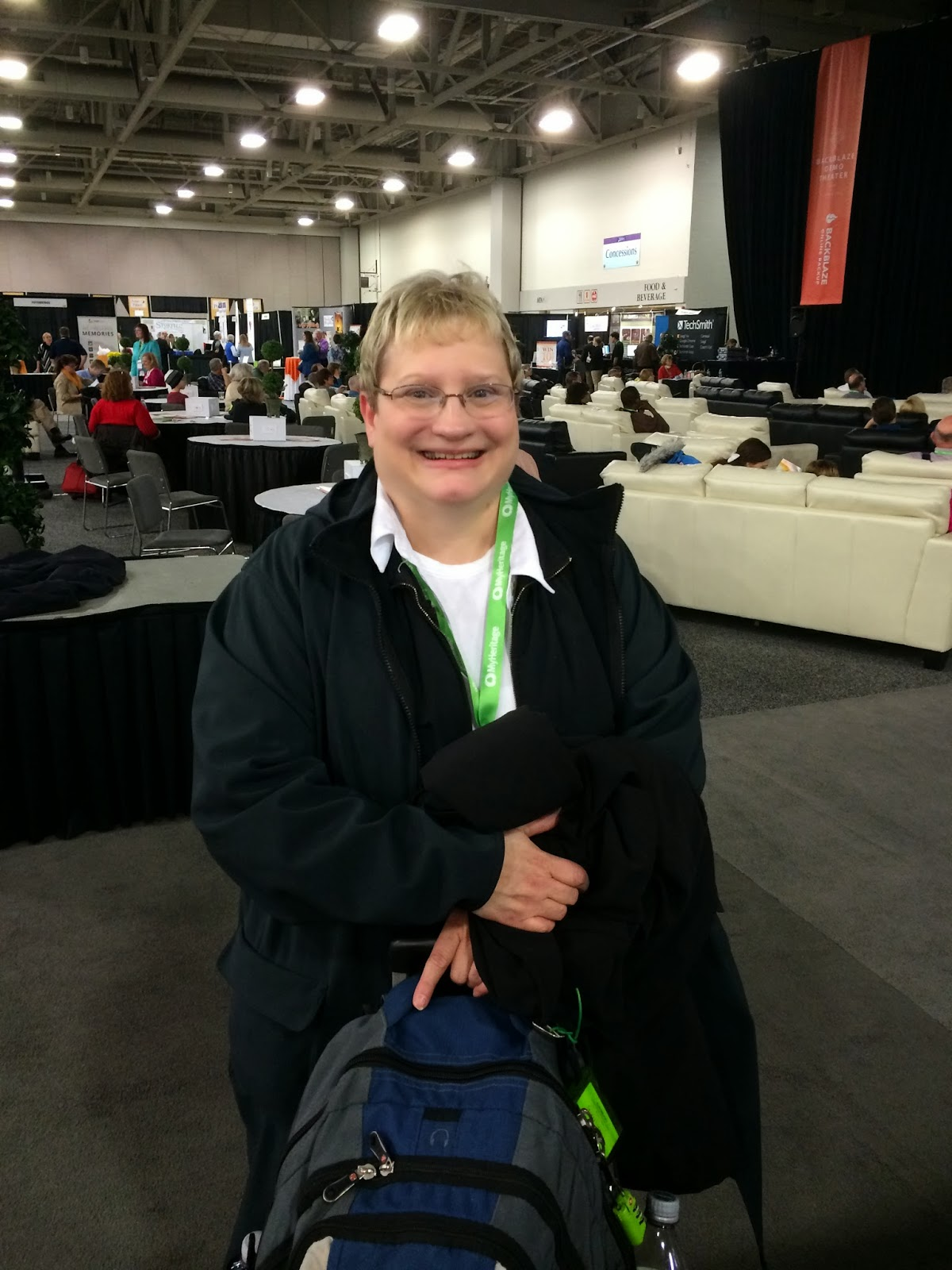 Lisa Alzo made it to RootsTech 2014!