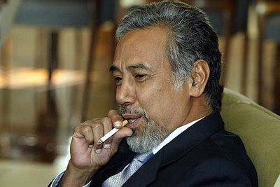 Timor-Leste: XANANA GUSMÃO, O DITADOR MEIA-TIJELA