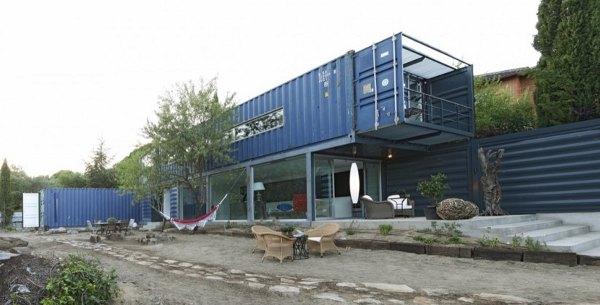 Interdecorar casa construida con contenedores de carga en - Casas contenedores espana ...