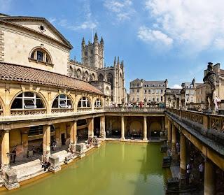 Tempat Wisata Di Inggris - Roman Baths (Kompleks Pemandian Romawi)