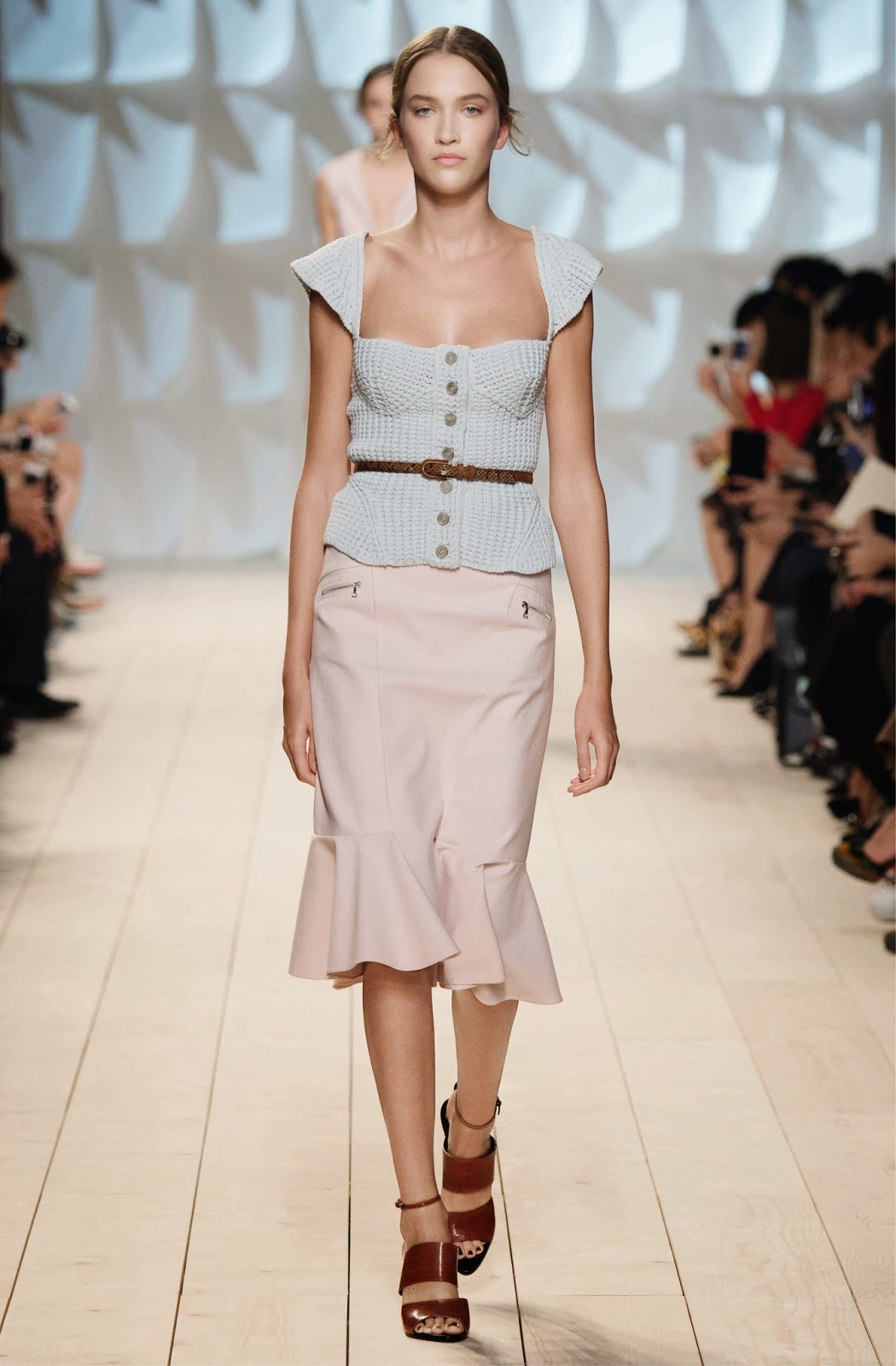 Fashion tops for ladies 28