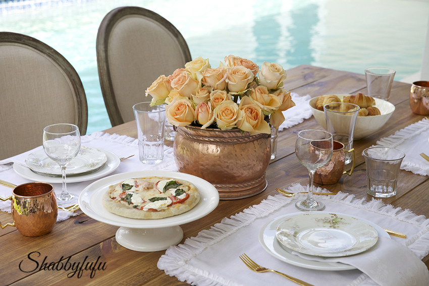 gorgeous table settings for fall dining & The Beauty Of Copper For Elegant Fall Results - shabbyfufu.com