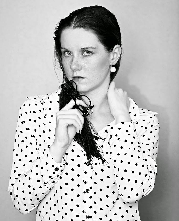 černobílá fotografie, česká blogerka, plzeň, beauty, natural make-up