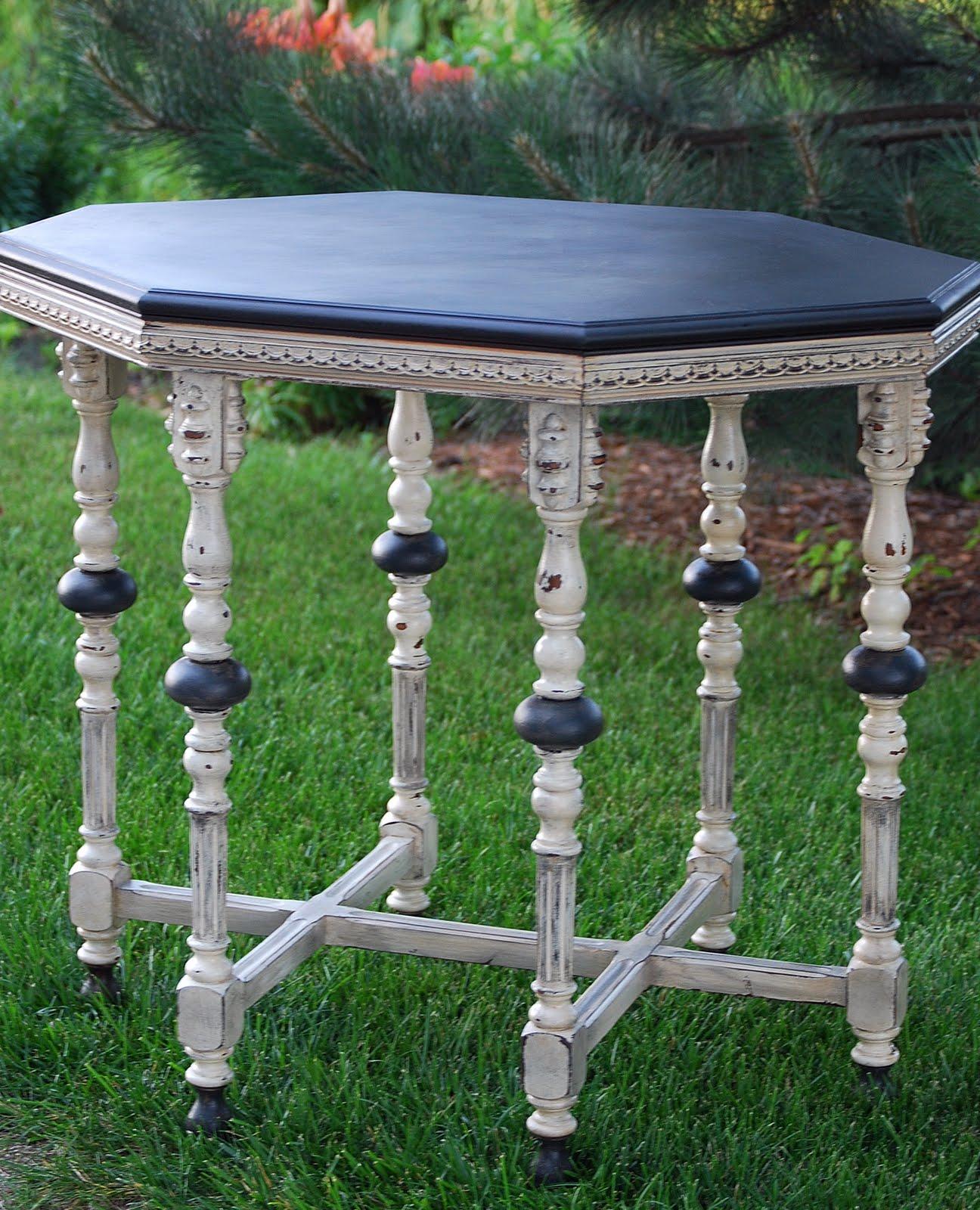 shizzle design best painted furniture reno s 2011 by shizzle design. Black Bedroom Furniture Sets. Home Design Ideas
