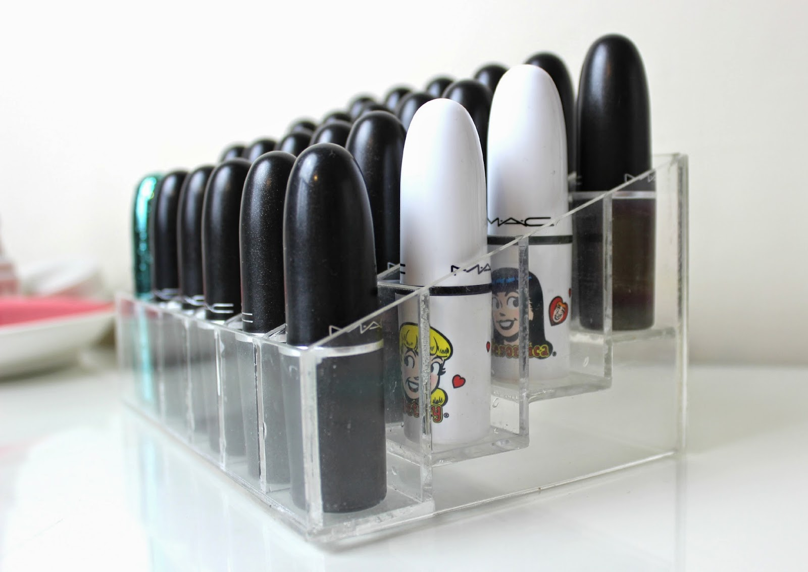 Acrylic Lipstick Storage