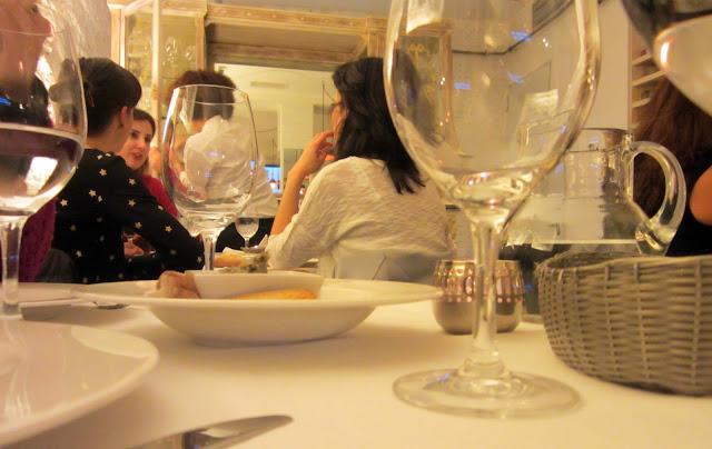 Restaurate El Cocinillas, detalle mesa.