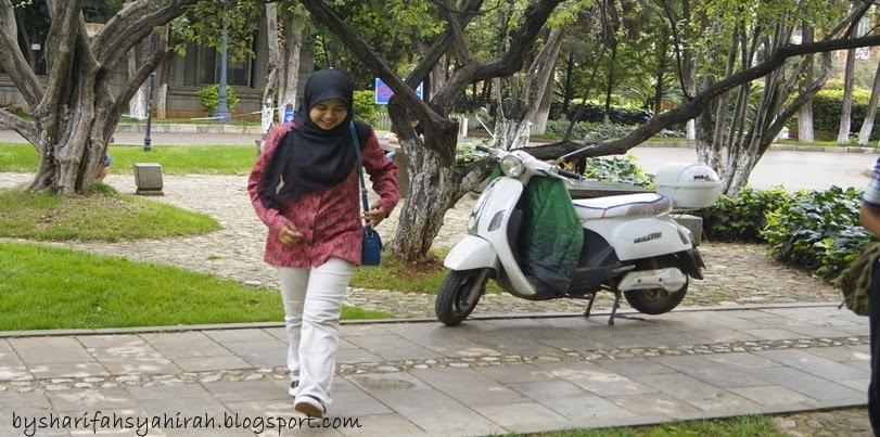 bySharifah Syahirah