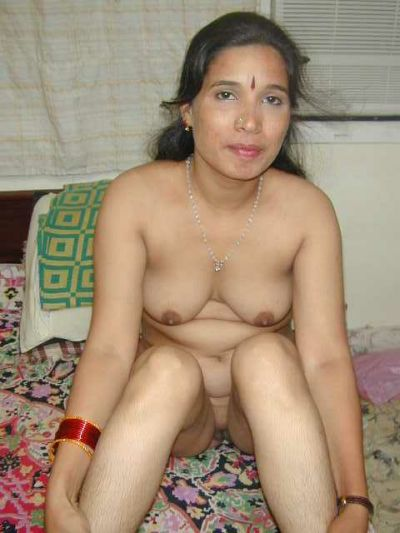 kerala house wife undressing and exposing nude