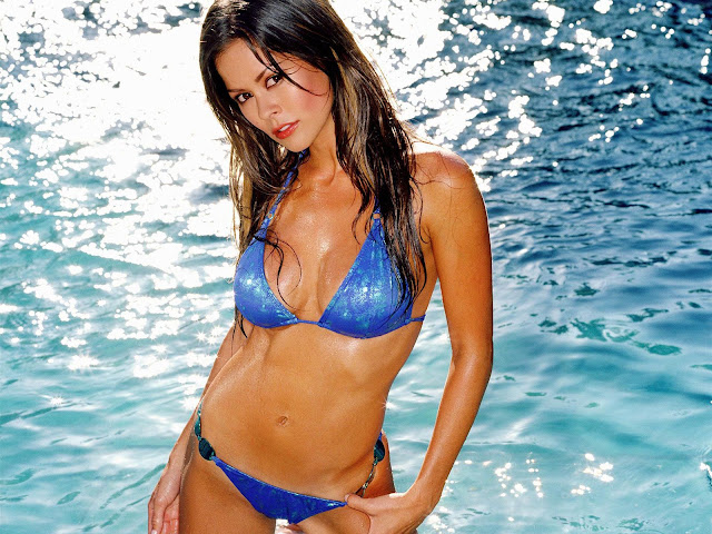 Hot Brooke Burke Pictures