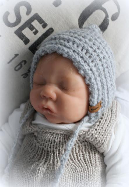 http://de.dawanda.com/product/89753563-baby-muetze-grau