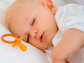 Tragis Bayi Meninggal Seorang Ibu Malah Asyik Chatting