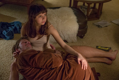Bel Powley and Alexander Skarsgard  in Diary of a Teenage Girl