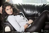 Manisha shri latest glamorous photos-thumbnail-24