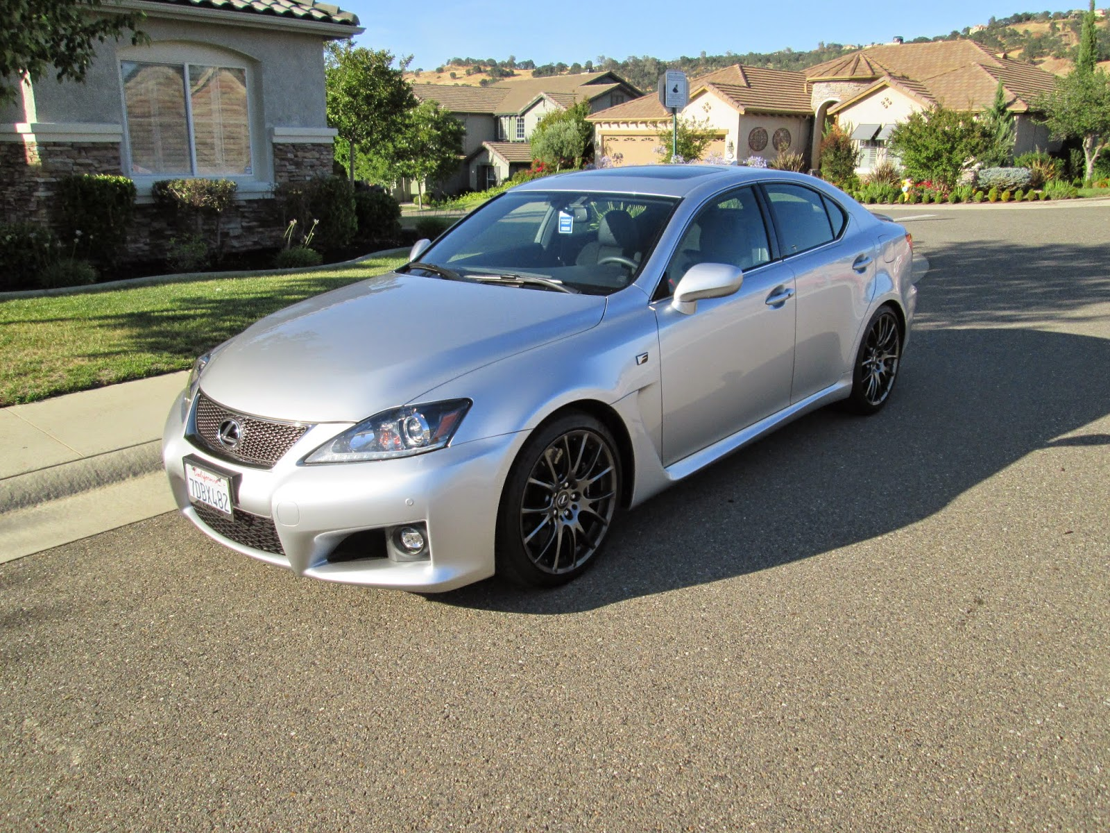 Front 3/4 view of 2014 Lexus IS-f