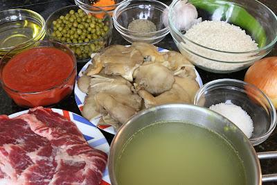 Ingredientes para arroz con setas y carne