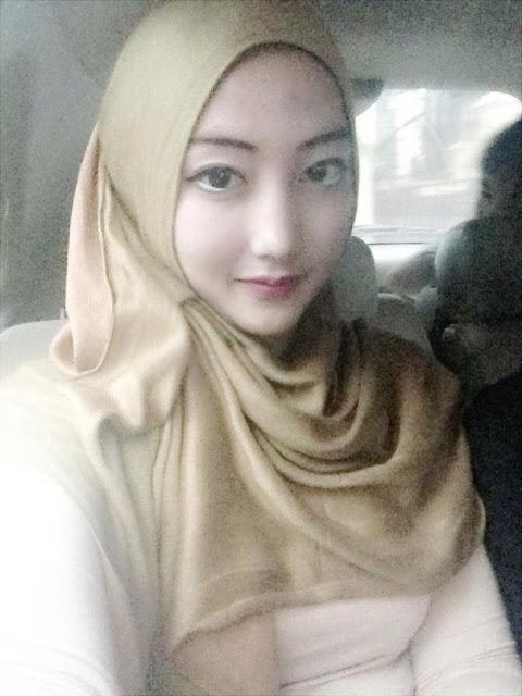 Putih Mulus Montok Semok Bohay Meki Legit Pic 29 of 30