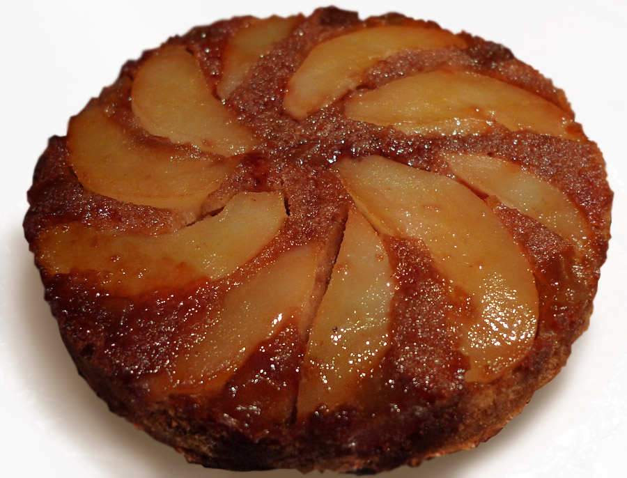 oxfordpomona: Pear and Ginger Upside-down cake