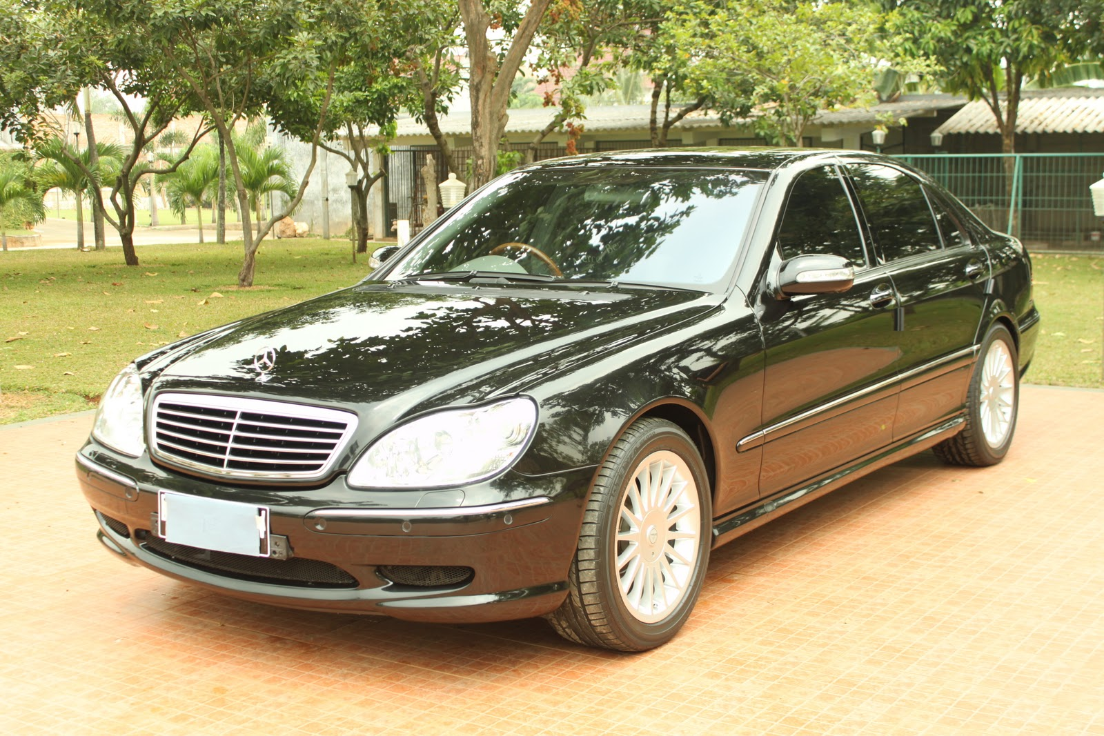Mercedes benz s55 amg 2005 ikemada car rental for Mercedes benz s55