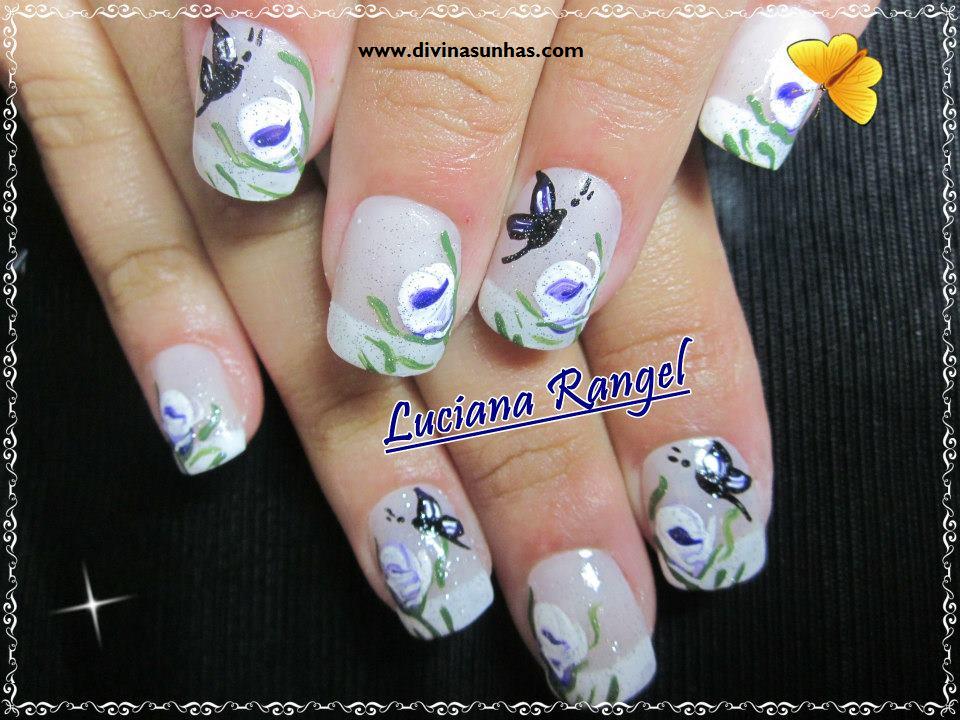 Parabéns Luciana, seus trabalhos de desenhos de flores nas unhas