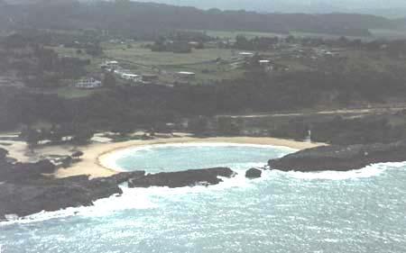 Playa Puerto Nuevo plajını