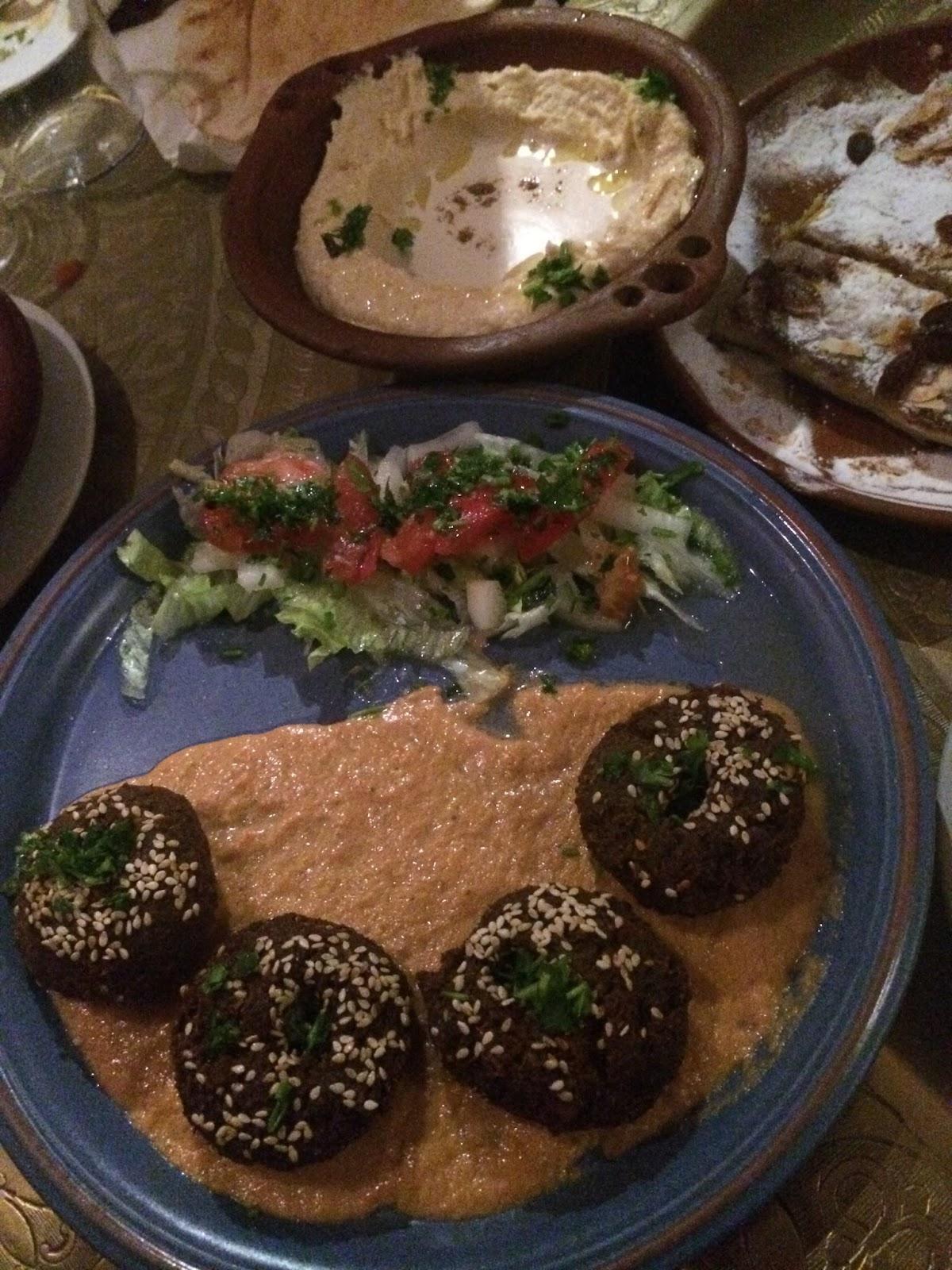 Lun ticas por madrid arabia y la cocina del desierto - Restaurante la cocina del desierto ...