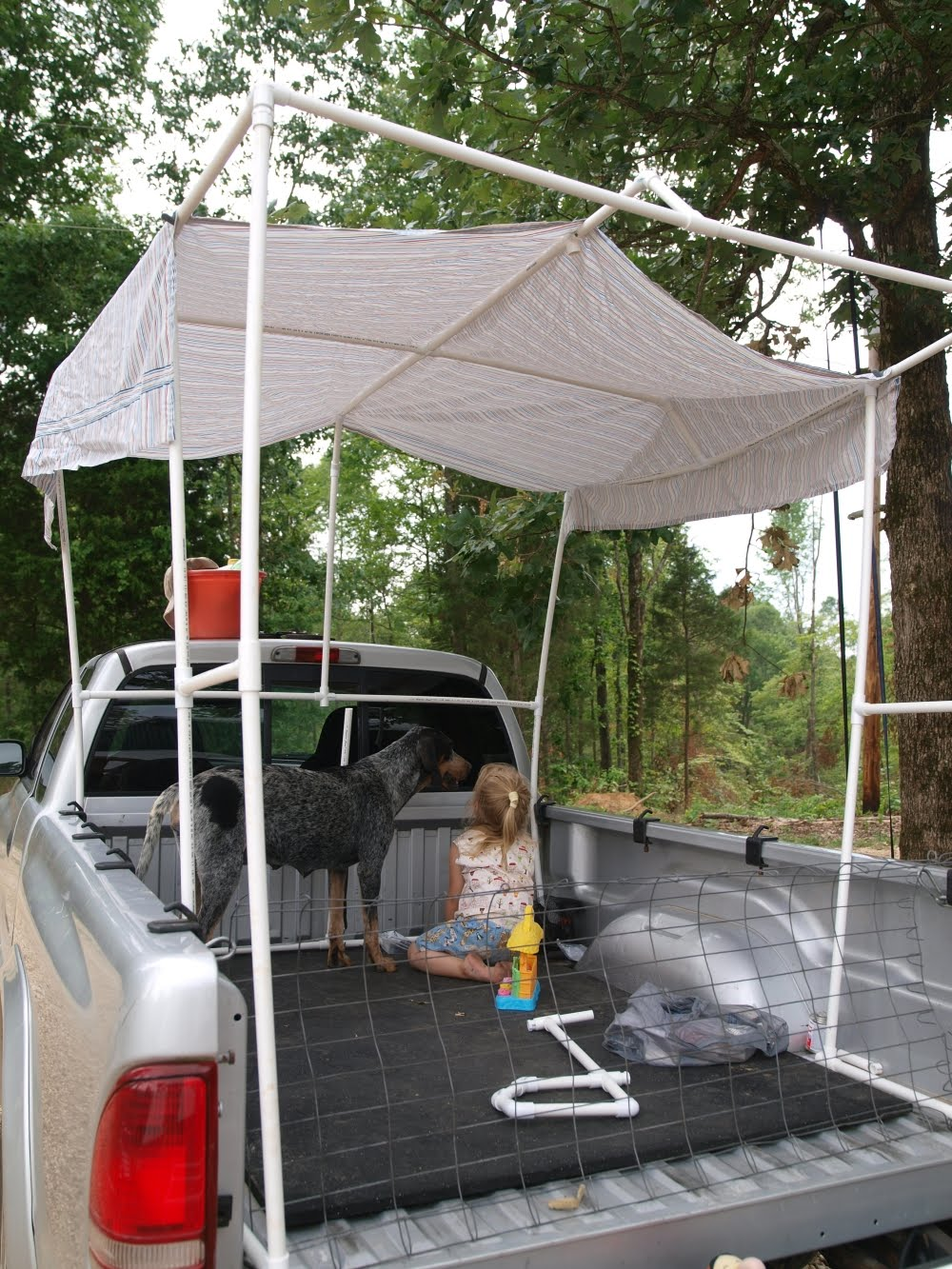 It is the last day of my vacation. We got a lot done this week. This is what I made today a PVC tent to go over the top of the truck bed ... & KnitOwl: PVC tent and end of vacation